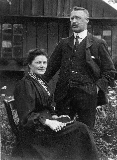 harriet & joe wallis 1908